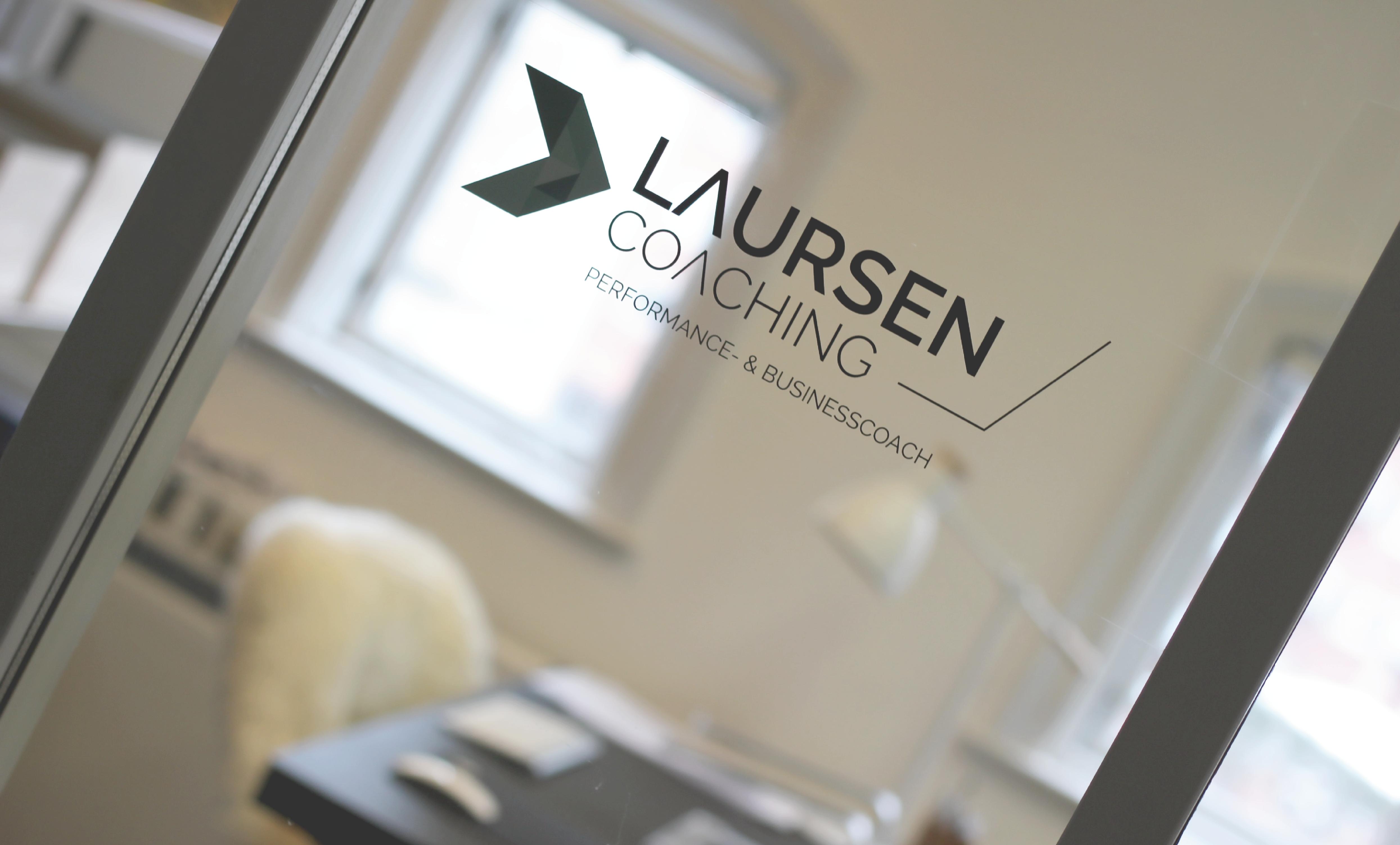 laursen coaching, logo, webdesign, visitkort, visuel identitet, krims, grafisk design, aarhus, maria refsgaard